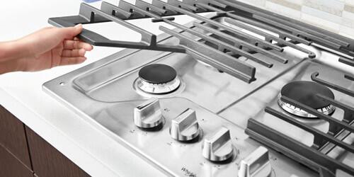 Cubiertas Whirlpool 883049467061 con capacidad para 5 puestos. Rejillas EZ-2-Lift™ de ancho completo y con posibilidad de levantarlas de manera fácil para una limpieza más cómoda, rápida y eficiente.