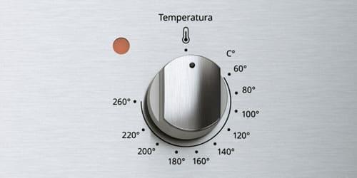 Horno Whirlpool 7501545626333 con diferentes rangos de temperatura desde 60 grados hasta 260 grados centigrados.